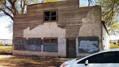 A photo of an old abandoned business in O'Donnell Texas.