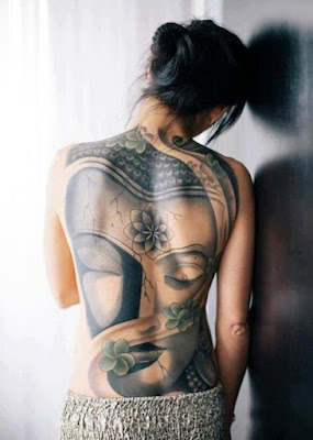Latest-Stylishly-Challenging-Back-Tattoos-Ideas-for-Women-4