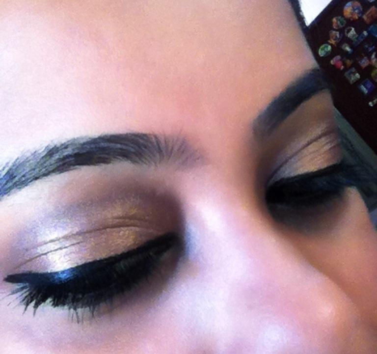 Pretty neutral eye makeup