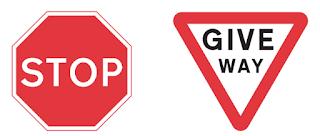 Perbedaan Rambu Stop dan Give Way