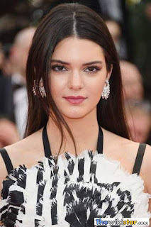 قصة حياة كيندال جينر (Kendall Jenner)، شخصية تلفزيونية أمريكية وعارضة ازياء