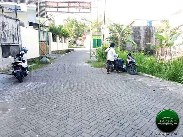 Tanah dekat Sekolah Budi Mulia jalan Tajem