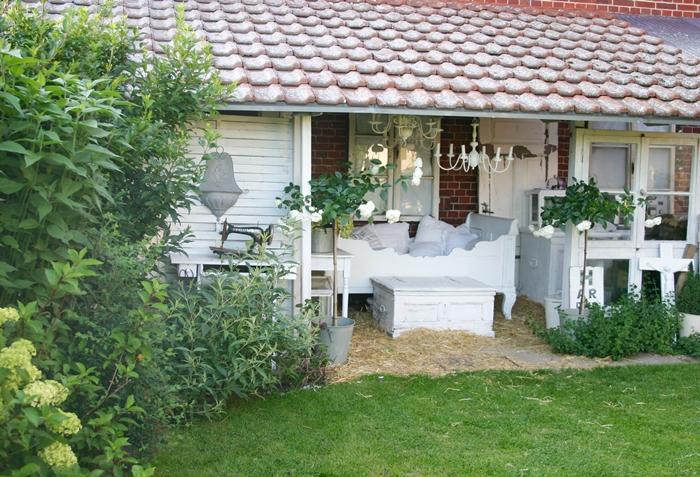 lovely vintage neues im buchsgarten bett im bauerngarten eingemachtes mal anders. Black Bedroom Furniture Sets. Home Design Ideas