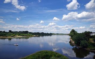 http://fotobabij.blogspot.com/2016/08/rzeka-wisa-motorowka-zdjecie-uhd-4k.html