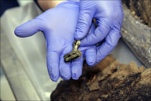 DNA tests to seek modern relatives of 800 year old mummified Siberian boy
