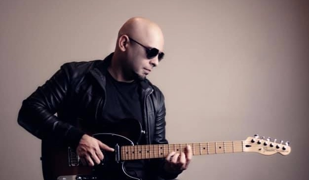 Kashan Admani biography tells us about the great things he has done as a musician of Pakistan.