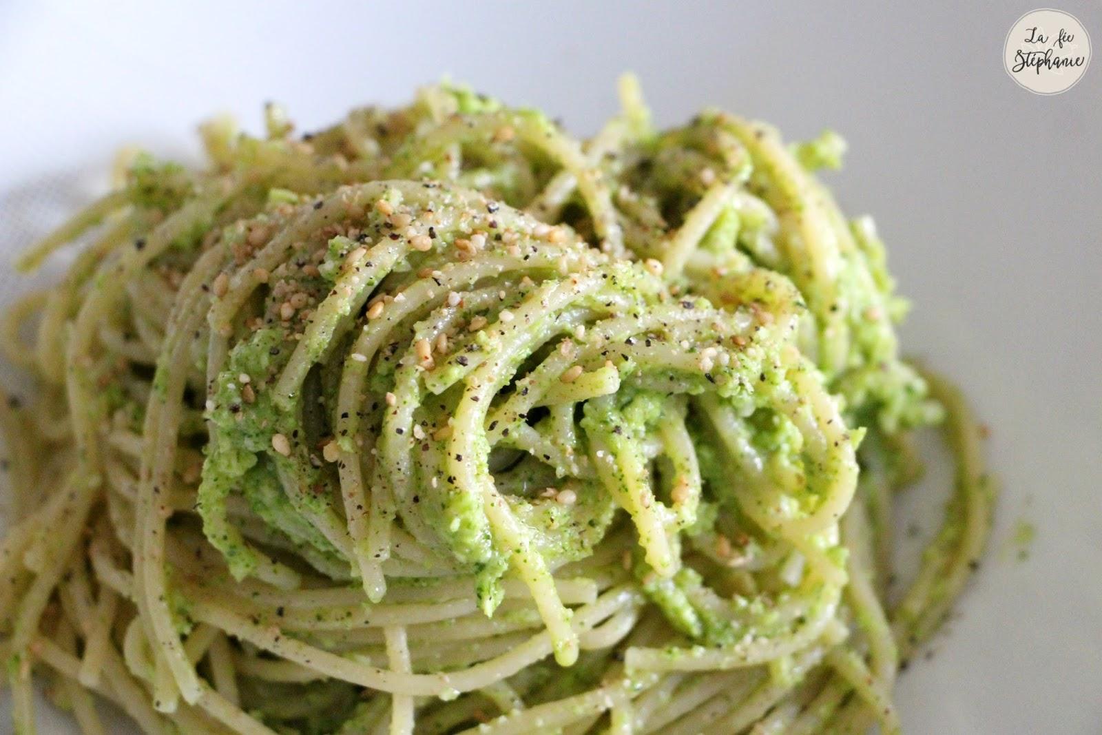 Pesto de brocoli et spaghetti sans gluten recette 100 - Cuisiner des brocolis ...