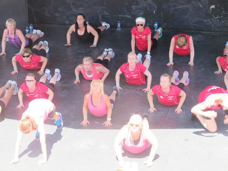 34936ac7 Myk start med yoga i amfiet, etterfulgt av aerobic, bootcamp, core og zumba  + en joggetur. Perfekt ferie!