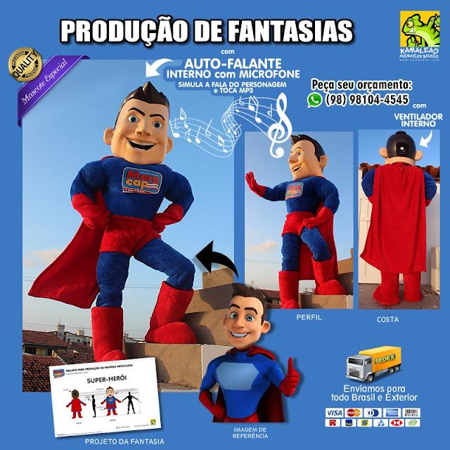 Fantasia de Super-Herói com enchimento para vestir