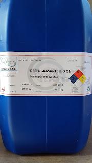 Desengrasante ecológico formulado con ingredientes biodegradables respetuosos con el medio ambiente especial para la limpieza de suciedades muy difíciles.