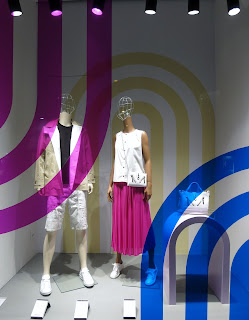 http://www.retailstorewindows.com