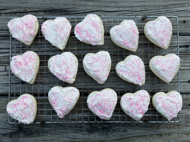 Sweet Turtle Soup: [Foodie for a Year - link up #1] - Heart Shaped Valentine's Sugar Cookies