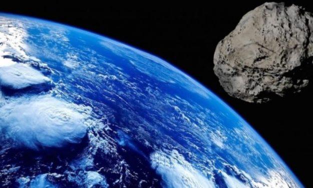 """Μας """"έπιασε στον ύπνο"""" γιγαντιαίος αστεροειδής που πέρασε ξυστά από τη γη"""