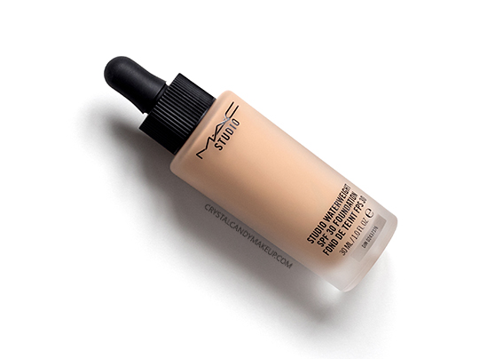 MAC Studio Waterweight SPF 30 Foundation NC35 Review Oily Skin