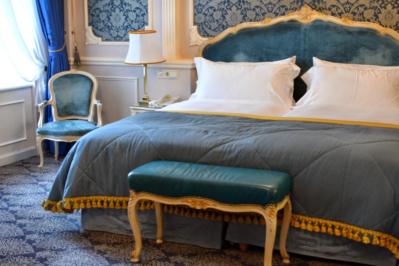 hotel imperial vienna elisabeth suite bedroom