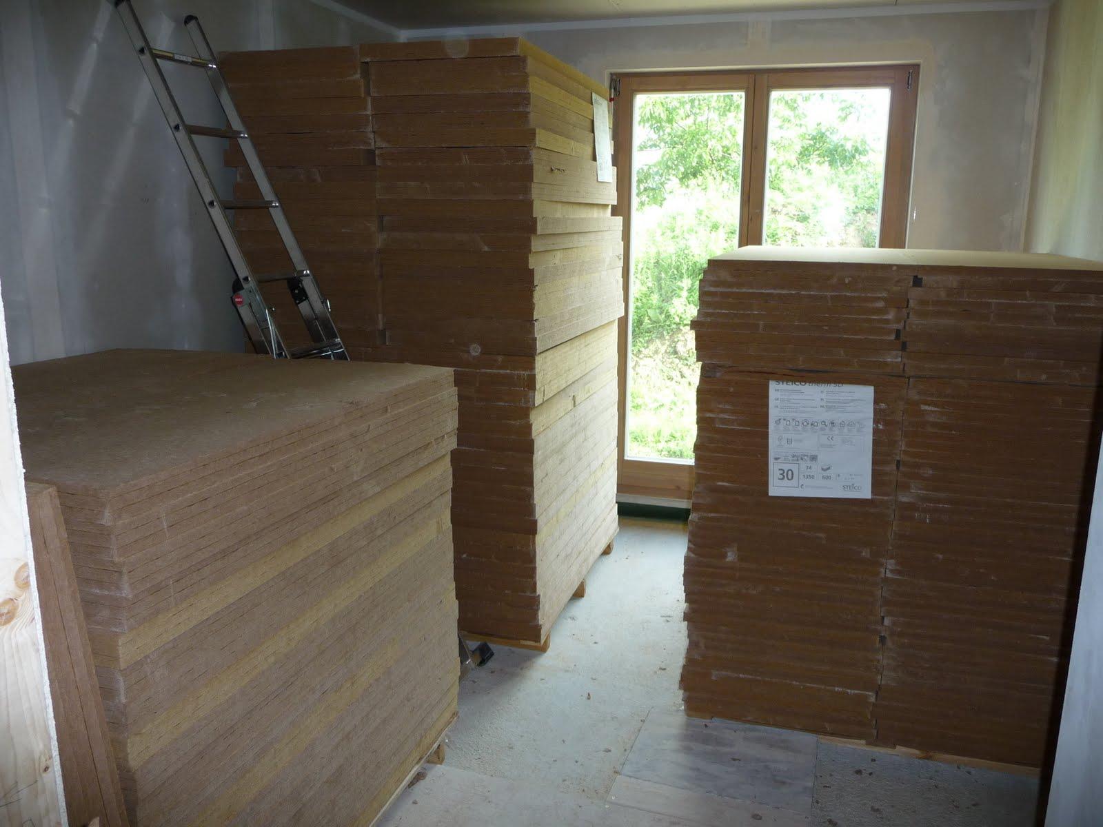 hausbau mit murr holzhaus neuburg d mmung unter estrich. Black Bedroom Furniture Sets. Home Design Ideas