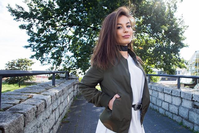 Sweter oversize oraz bomber jacket - Czytaj więcej