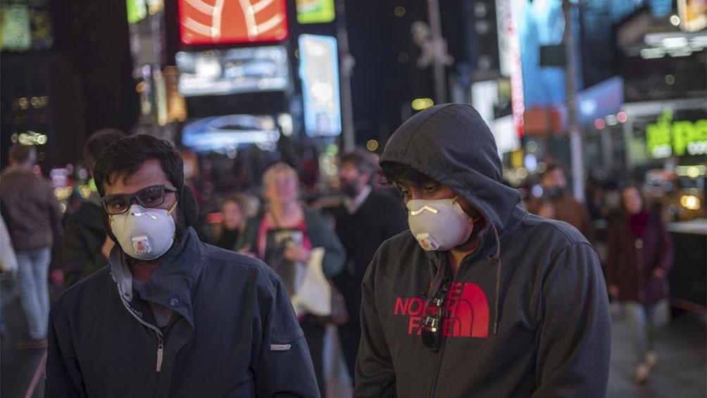EEUU supera los 400.000 contagios y roza las 13.000 muertes
