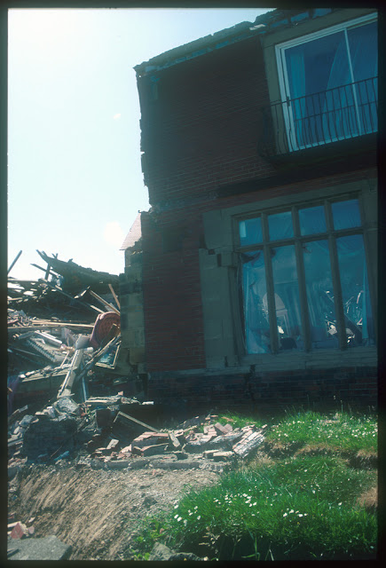 Holbeck Hall Hotel landslide - damage to the hotel. BGS copyright NERC.