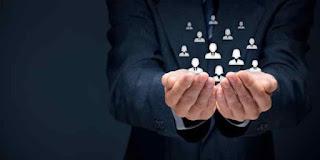 manajer bisnis online