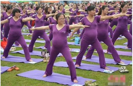 bị trào ngược dạ dày khi mang thai, Bà bầu tập yoga