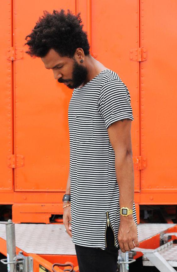 Look Masculino com Camiseta Oversized Listrada