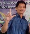 M. Shoim Anwar, Sastrawan Peraih Predikat Cumlaude.