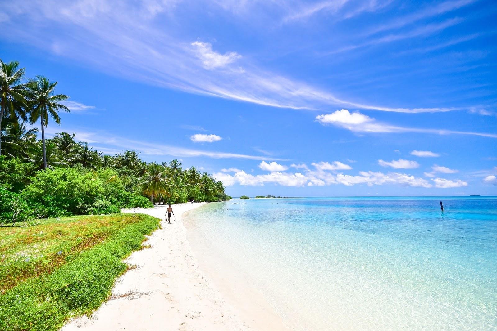 14 Gambar Pemandangan Pantai Indah Alami - Gambar Indah