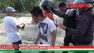VIDEO: Eksekusi Sampoddo, Brimob Aniaya Warga
