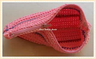 crochet pouch, crochet case