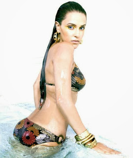 sexy-neha_dhupia-in-two-piece-bikini-in-the-man-magazine-photos