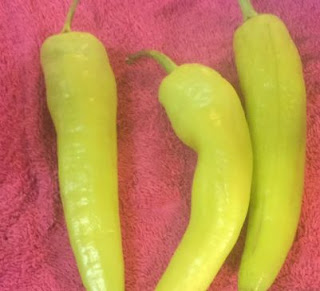 Banana peppers, how to dehydrate banana peppers, how to use dried peppers