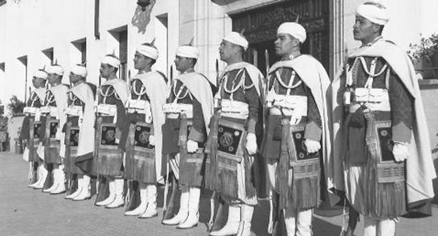 Cuando los moros mataban españoles en nombre de Cristo y por mandamiento de Franco