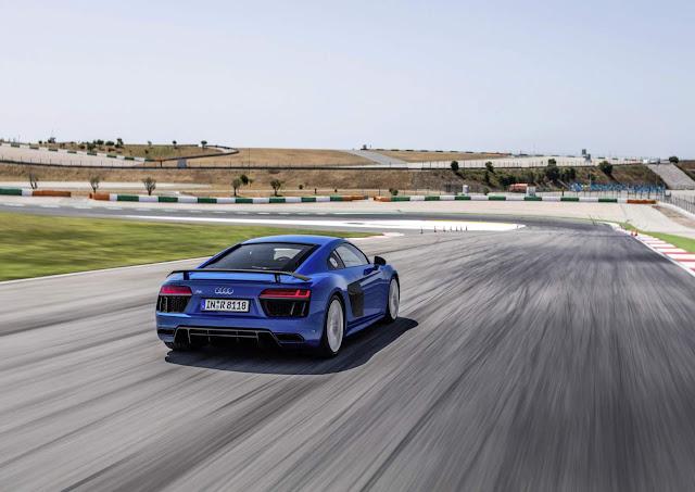 Novo Audi R8 V10 Plus