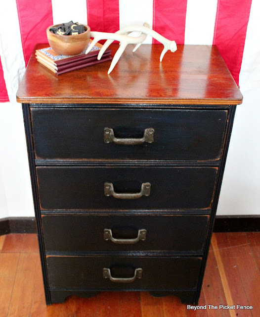 rustic dresser, industrial paint, mineral paint, cabin decor, vintage, https://goo.gl/rWEFUZ
