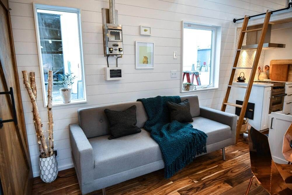 03-Living-Room-Truform-Compact-Architecture-Tiny-House-Living-www-designstack-co