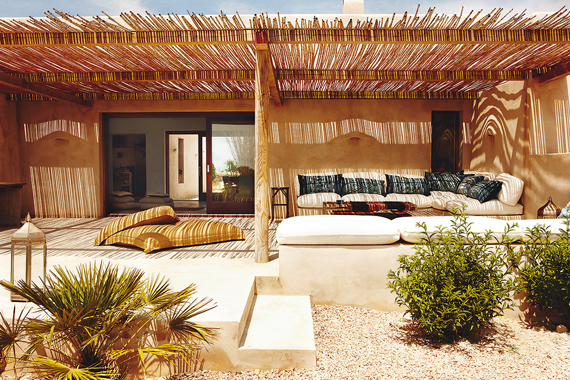 porche chill out mediterranean style outdoors