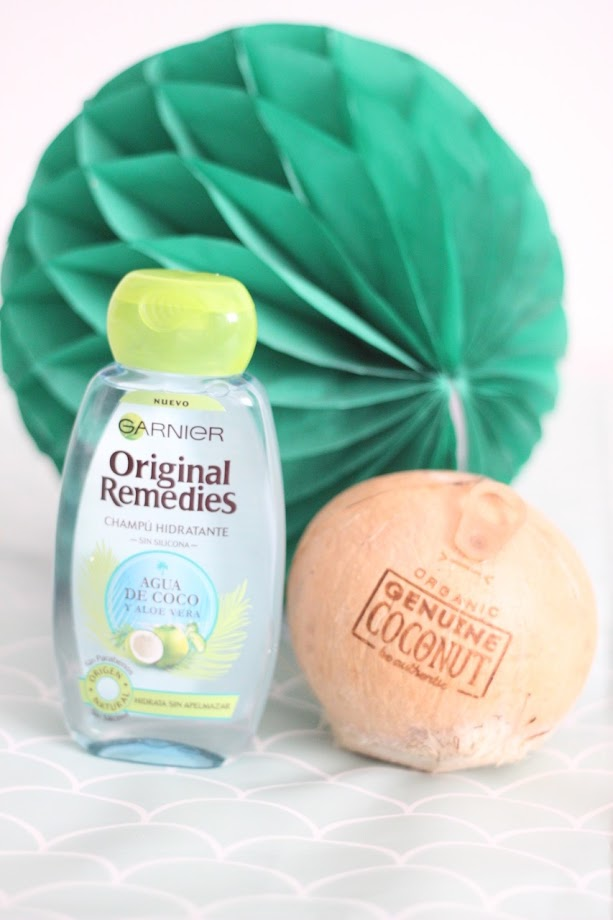 photo-garnier-original-remedies-hidratante-agua-de-coco-aloe-vera-original-coconut-natural