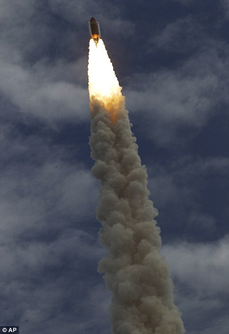 NASA Final Discovery Space Shuttle Launch 2011 | music ...