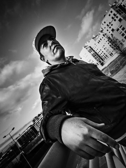 """O rapper português Barras lança a música """"O Que Eu Queria"""""""