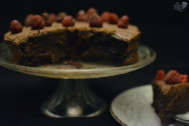 Tarta rápida de chocolate con frosting de chocolate y queso tererecetas 01