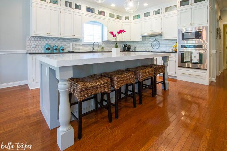 Diy tricks to customize a kitchen island from thrifty - Adding a kitchen island ...