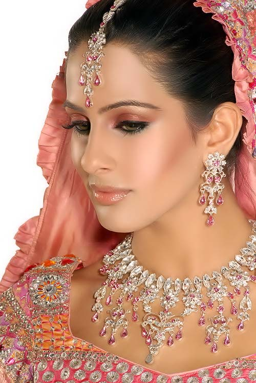 party makeup pakistani bridal makeup. Black Bedroom Furniture Sets. Home Design Ideas