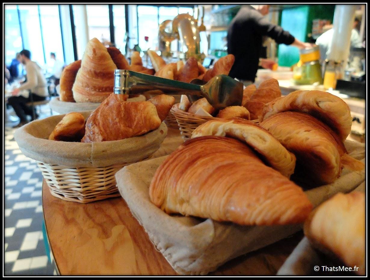 viennoiseries petit déjeuner Brunch Le Wood Paris Woodbar Marais place Thorigny, brunch a volonte Paris Marais Le Wood