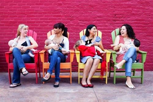 """10 Cadangan Jawapan Ibu Menyusu Balas """"Komen Negatif"""" Daripada Mulut Orang"""