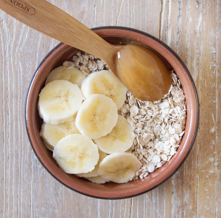 Бананово-яблочный овсяный скраб
