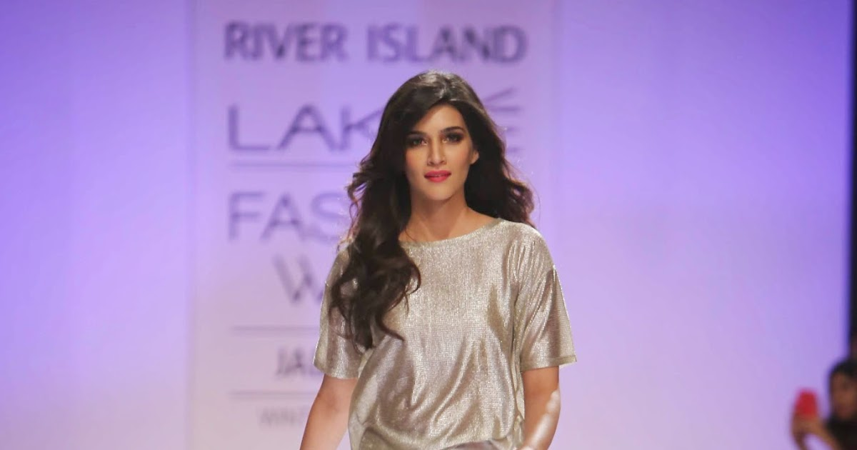Bollywood Fashion N Beauty: LAKMÉ FASHION WEEK
