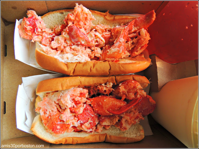 Lobster Roll Sullivan's Castle Island