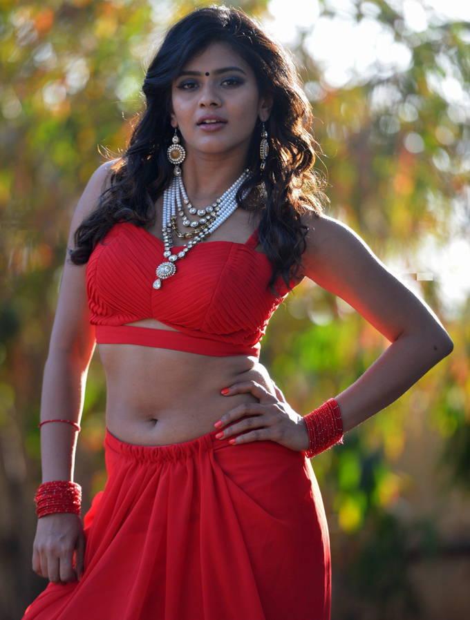 Pretty Girl Heeba Patel Navel Show Photos In Red Dress