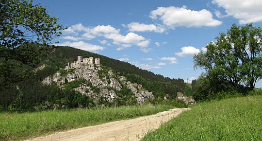 Cały czas imponuje nam zamek Strečno.